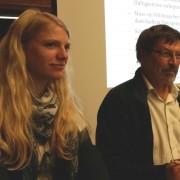 """Das Projektteam stellt die Kriterien auf der Tagung """"Wildnis im Dialog"""" vor. (c) Katharina Sabry"""